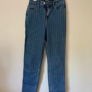 HOLLISTER Mom Jeans size 5R